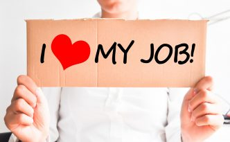4 Ways to Retain Your Employees and Keep Them Satisfied