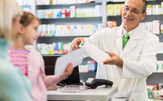 5 Reasons Pharmacists Love Their Jobs (and the Six Figures)
